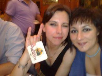 Daniela Natale (a sinistra) con un'amica
