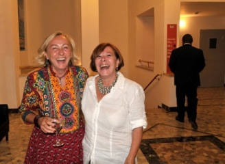 Paola Ciccioli con Angela Lucrezia Calicchio (foto di Pino Montisci)