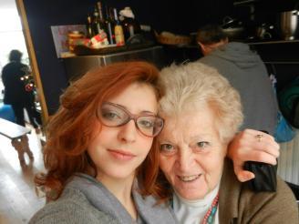 Mariagrazia con la nipote Sara