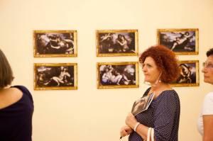 A una mostra