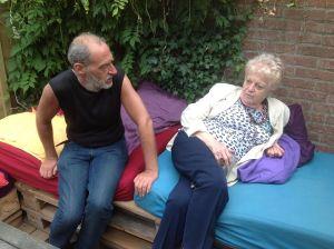Mariagrazia con il figlio Luca in Olanda