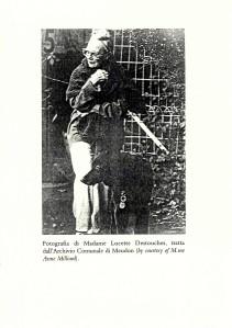 Madame Destouches in una foto contenuta nel libro