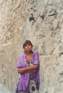 Maria Elena Sini ad Alghero, estate 2013 (foto di Paola Ciccioli)