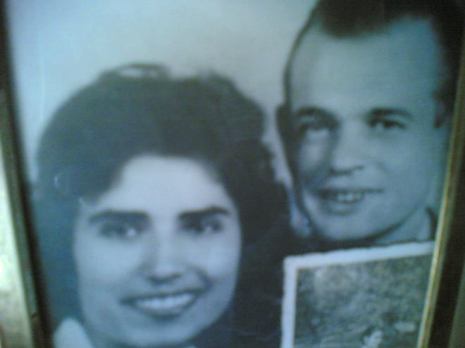La mamma e il papà di Elisabetta negli Anni '60 (dall'archivio personale dell'autrice)