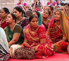 India, donne in preghiera