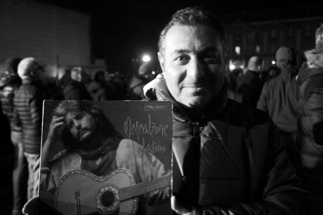 Funerali di Pino Daniele in piazza Plebiscito a Napoli (foto di Biagio Ippolito )
