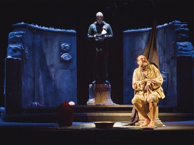 """Saviano e Borrelli in """"Sanghenapule"""" (foto Piccolo Teatro)"""